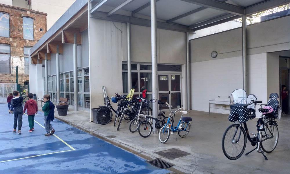 Aparcament bicis i Camí Escolar